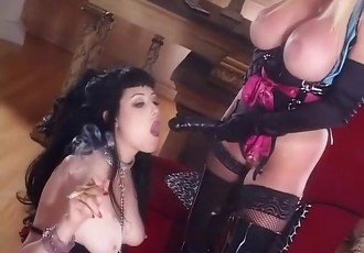 Hottest pornstars Taylor Wane and