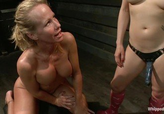 Hot MILF Stepmom fisted and double
